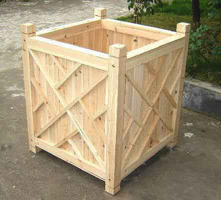 Chippendale Wood Planter